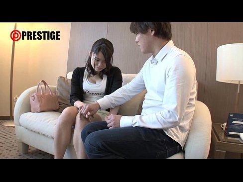 素人動画。10代の若妻がAV出演。素人の若い奥さんとハメ撮り。/