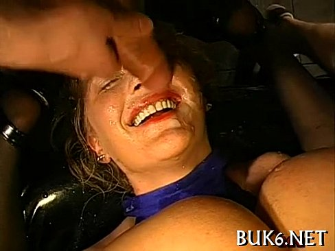 Steamy sexy pussy pleasuring