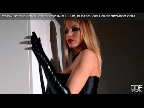Dominatrix Danielle Maye enjoys an ass licking from Chloe Toy