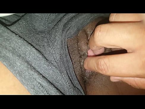 Buceta neguinha esfolada