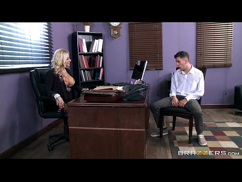 7 Min Tatooed Milf Britney Shannon Takes Charge Brazzers.com Porn Beaches Club
