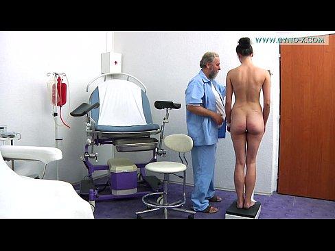Novinha Safada Deixando Médico Cheio De Tesão