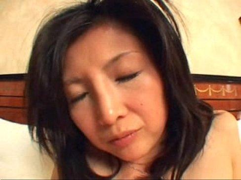 <熟女動画>三十路前の妖...