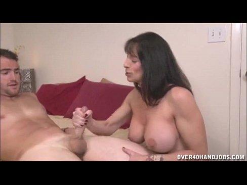 Sogra mamando o genro cretino