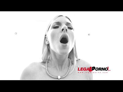 Jenna McCarthy Geme Gostoso Em Uma DP E Anal Com Dois Machões