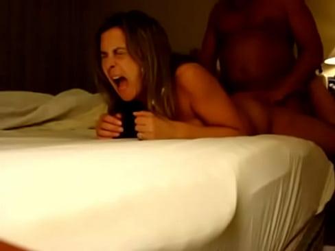 порнофильм аппетитные черные мамочки и дочки 2