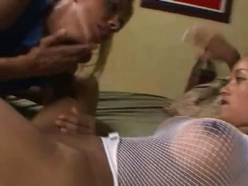 thick latina lesbian porn KeezMovies.