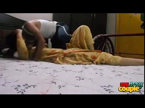 indian college lovers enjoying sex in hotel