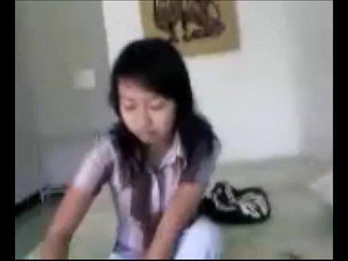 Novinha Oriental Liberando A Bucetinha E Sendo Filmada