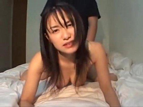 【個人撮影】「マ○コが気持ちイイ!」執拗なピストンで快楽に溺れ美顔を歪ませる巨乳お姉さん