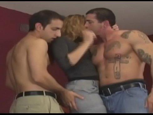 Blonda Se Duce La Hotel Si Face Sex Cu Un Tip Tanar