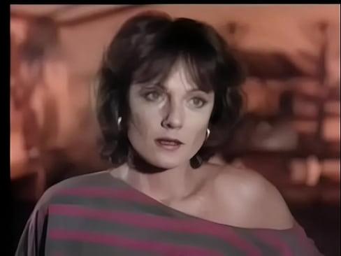 Mãe E Tia Fodendo Com Filho Em Filme Porno Vintage
