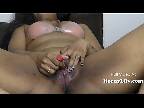 South Indian Close Up Masturbation (Wet pussy sounds)