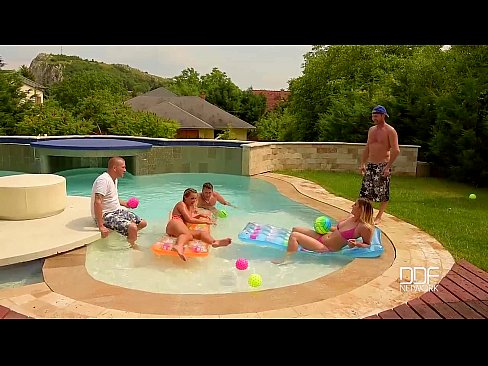 DDF Network Bikini babes artfully ass fucked and Dp ed in Swimming Pool