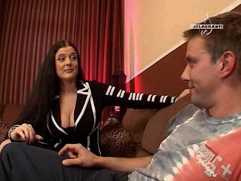 German busty MILF Valerie De Winter gets fucked hard