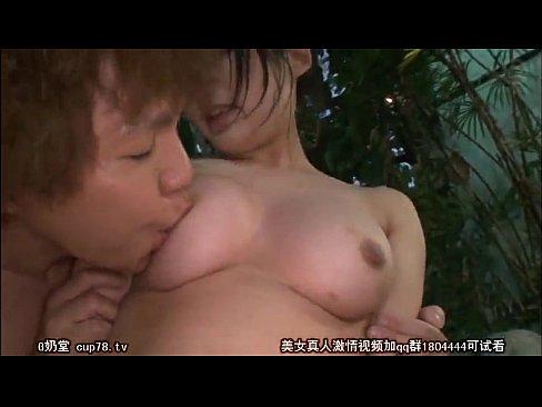 【あず希 水島にな】リゾートの混浴温泉に来ていたエッチなJK二人と逆3P【JKアダルト動画】