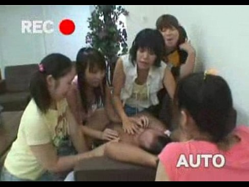 今野梨乃と痴女軍団 vs 男1人