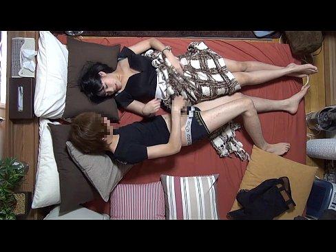 美巨乳な素人娘を部屋に連れ込みセックスしちゃう様子を盗撮!巨乳な美少女はフェラもパイズリも最高w