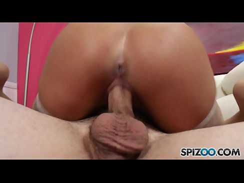 Spizoo - Abigail Mac get laid down by a proper huge dick