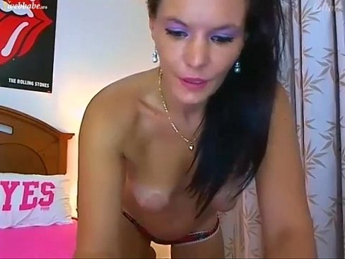 brunette ohmibob reaction and strip