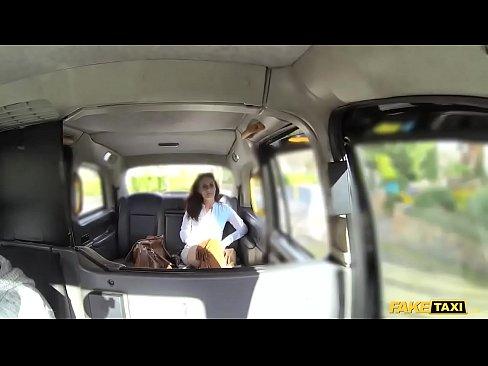 Taxista Come O Cu De Passageira Gostosa