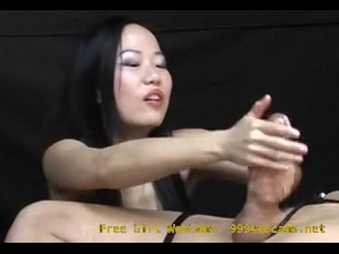Nudist girl description rank1