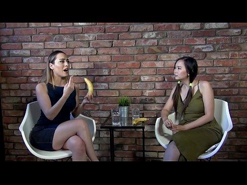 Uma aula de sexo com banana