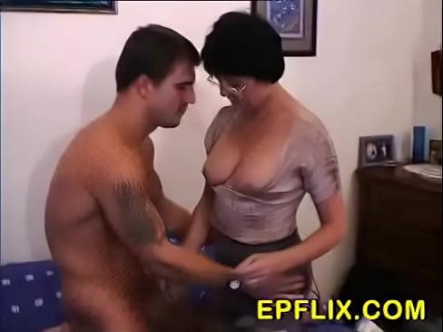 бабушка хочет в попу порно