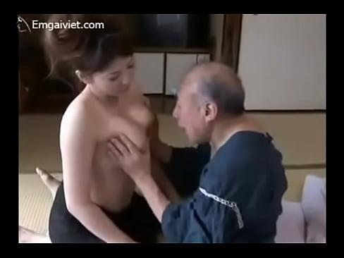 【xvideos】豊満な四十路熟女おばさんの誘惑無料エロ動画。【熟女、...