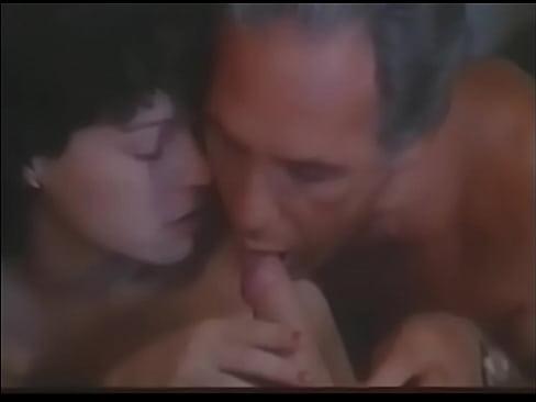 couple xxx sucking movie
