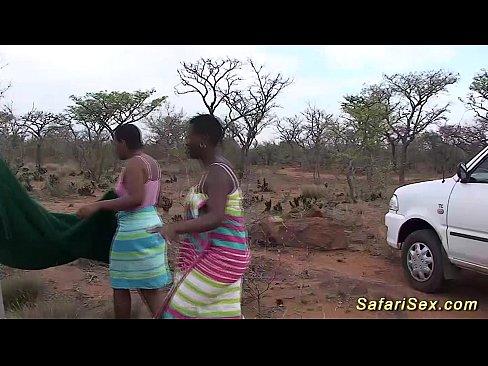 Africanca Se Fute Pe Camp Cu Alti 5 Africani Pularai