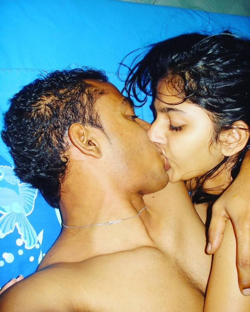 Only indian hot nude hard kissing pic — photo 9