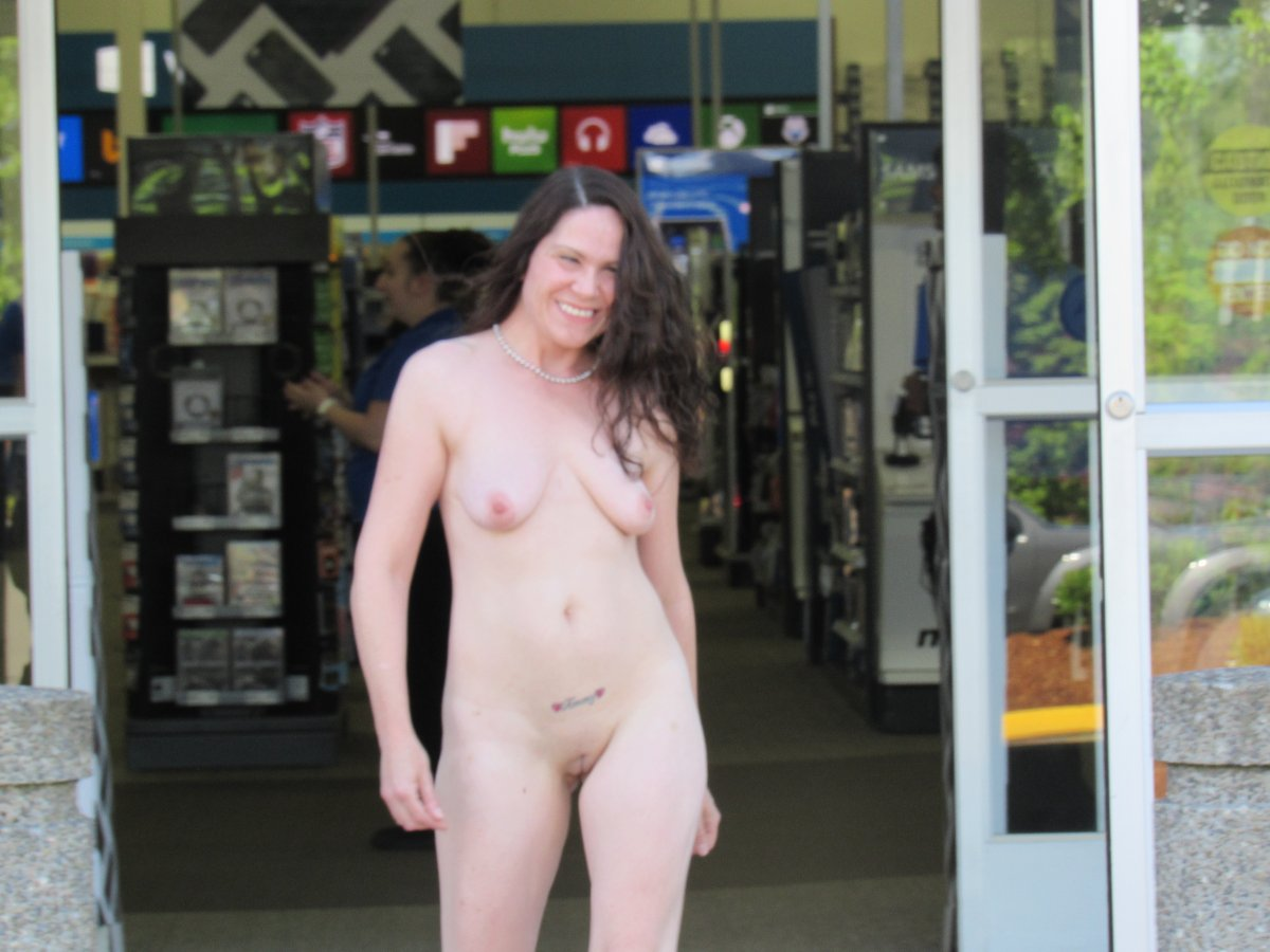 oohlalaxxx nude in public best buy puyallup, wa + busy road, photo