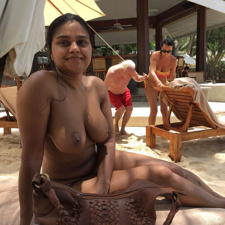 desi-family-on-nude-beach