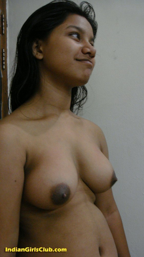 Indian girls small naked boobs 2