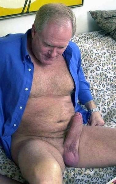 Брюнетку ремнем порно видео вонючий член старика участием тани тани