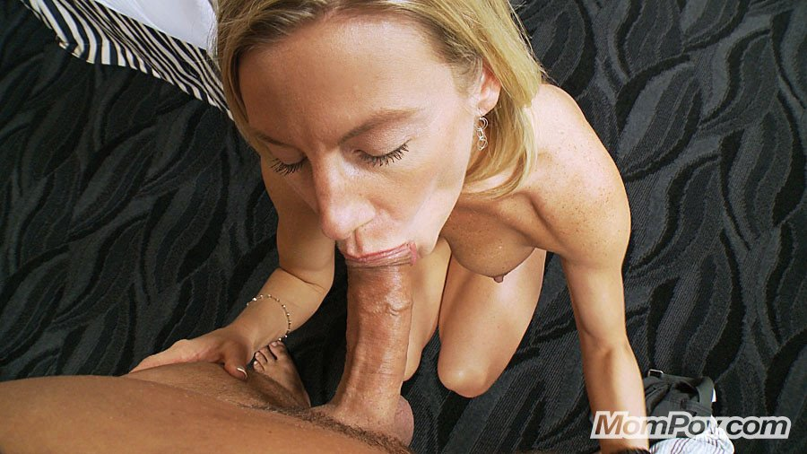 39 year old amateur milf ava does her first blowbang