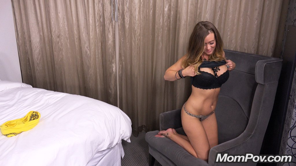 MomPov - Squirt queen does MomPov porn VEPORNNET