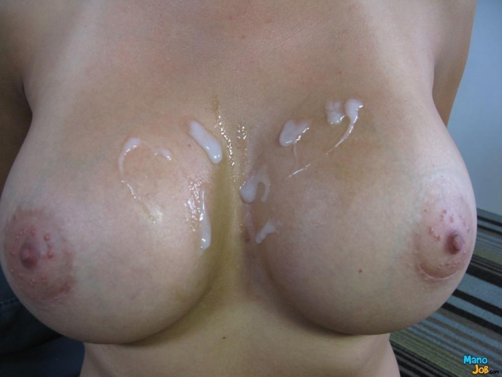 фото сперма на титьках девушек без - 6
