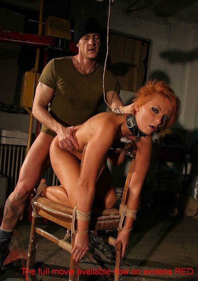Порно привязали к стулу и трахнули, видео с лизой энн