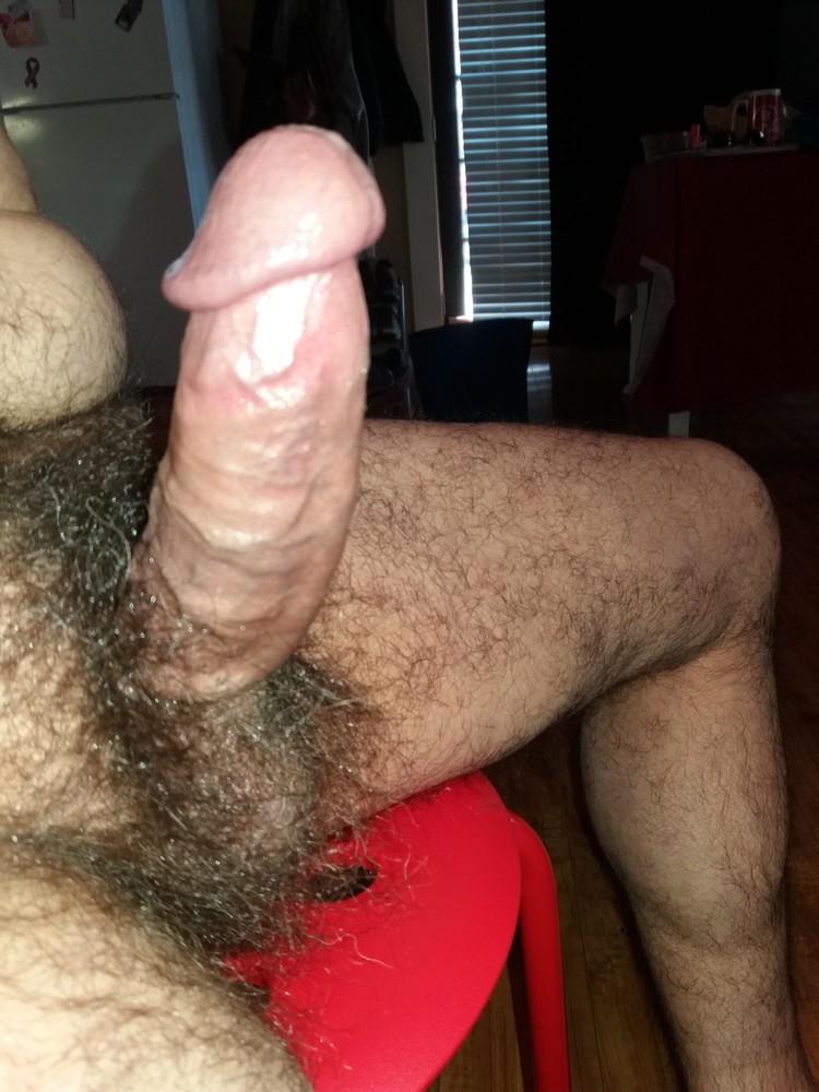 Bodybuilder Big Uncut Dicks