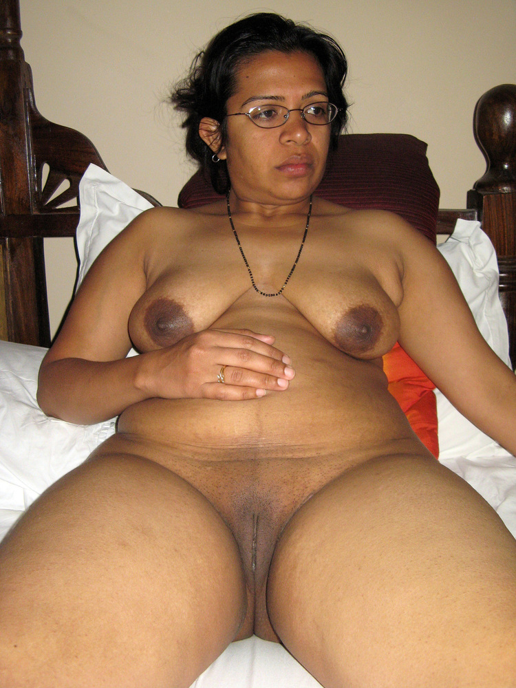 South indian housewives leaked nude xxx photos