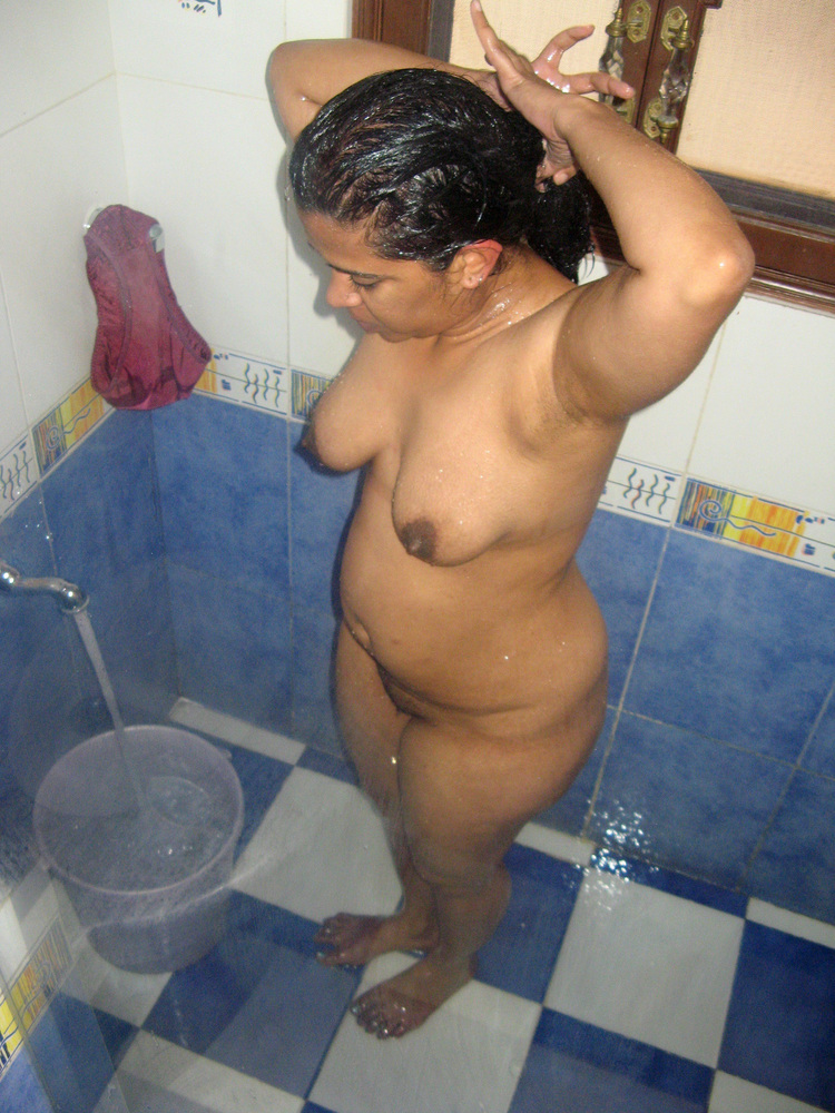 free-kerala-sex-college-girls-bathing-fully-naked-rai-nude