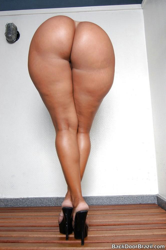 darlene-big-ass-nude-and-fertiity