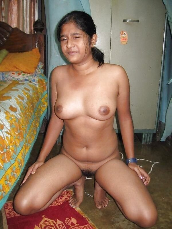 Would old aunty naked