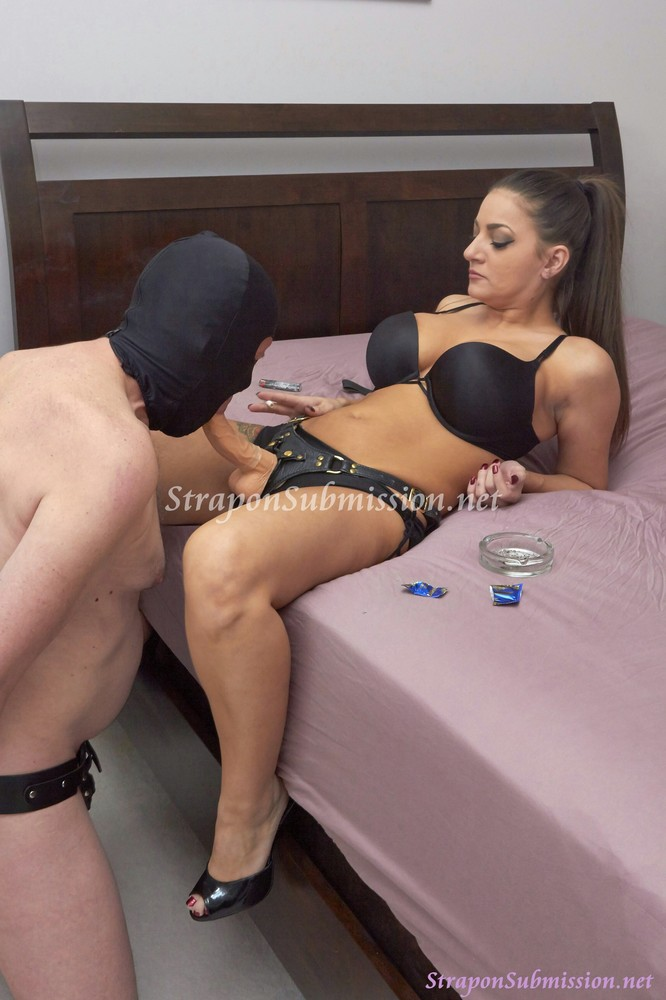 Mistress Her Male Slave