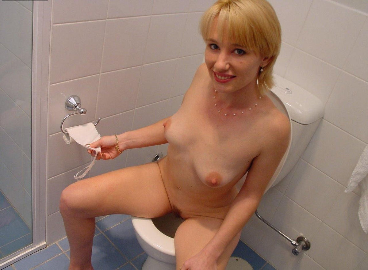 Ladies toilet nudes