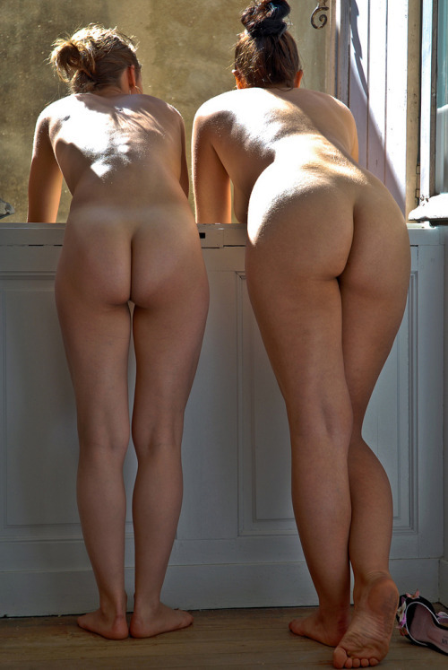 Women with naked little butts