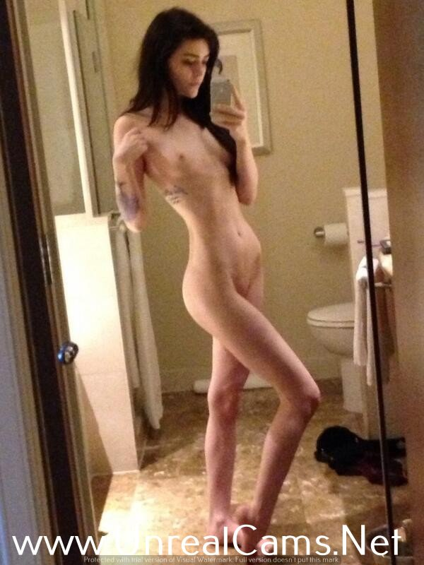 half naked liz vicouis girls xxx
