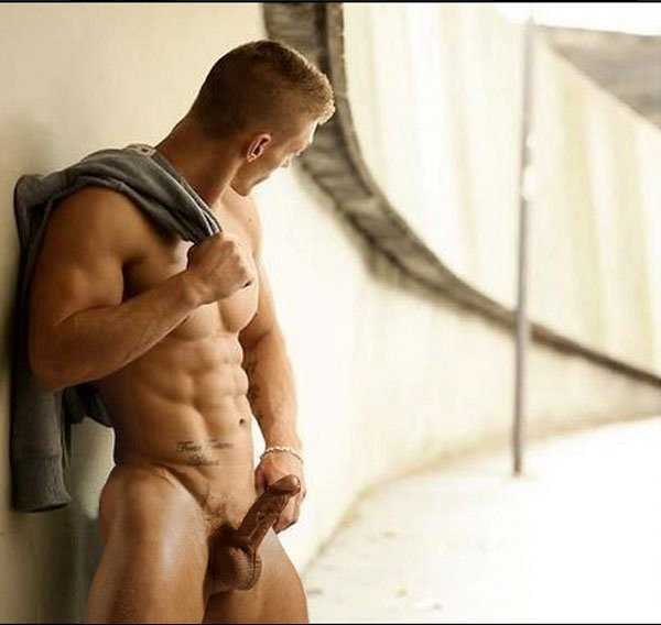 MUSCLED XVIDEOS GAY